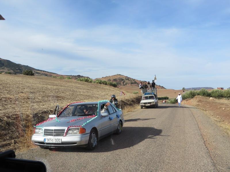 op weg naar  Khenifra (bruiloft)