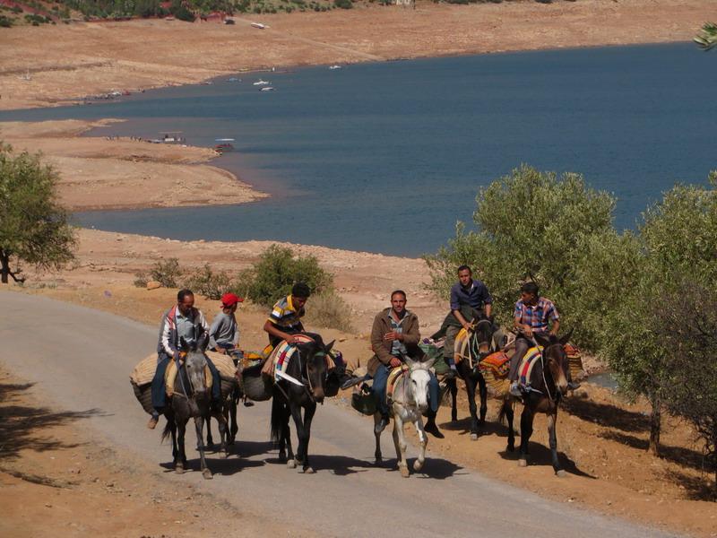 bij stuwdam (Bin-el_Ouidane)