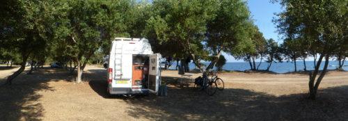 Nissos Club (Kastrosykia Beach)